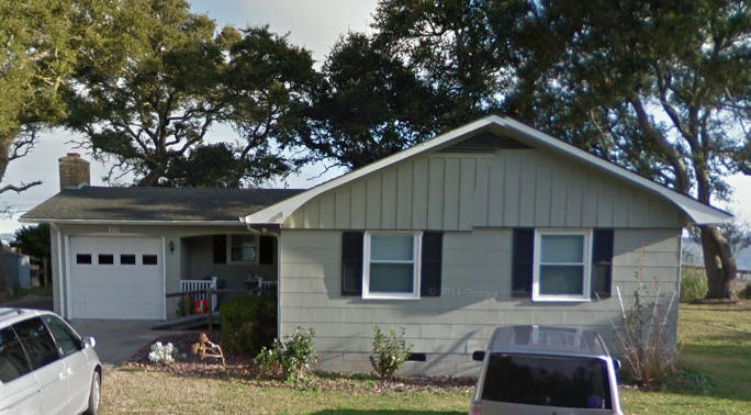 1962   The Swindell House, 139 Charlie Lewis Lane, Beaufort NC. Sold In  2012 To Abeta Joy D. And Robert T. Norris, Jr.